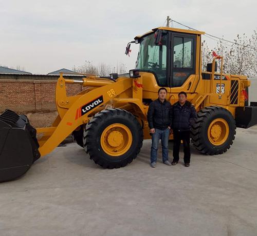 禹城恒洁环卫工程有限公司选择雷沃铲车